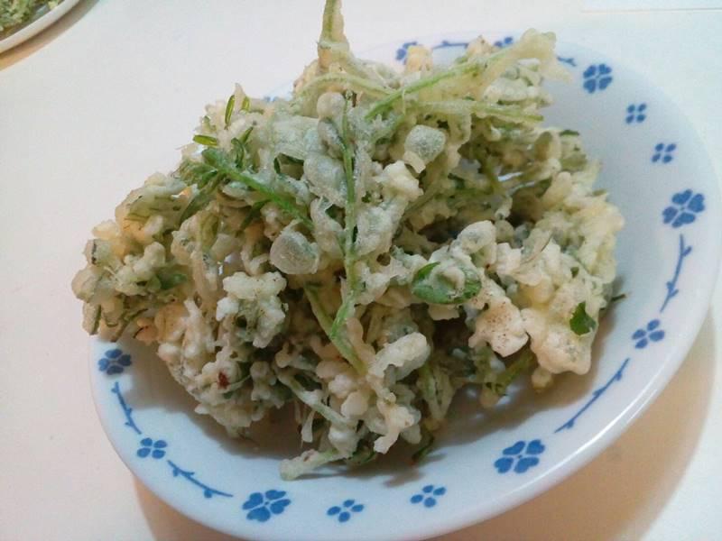 カラスノエンドウの天ぷら